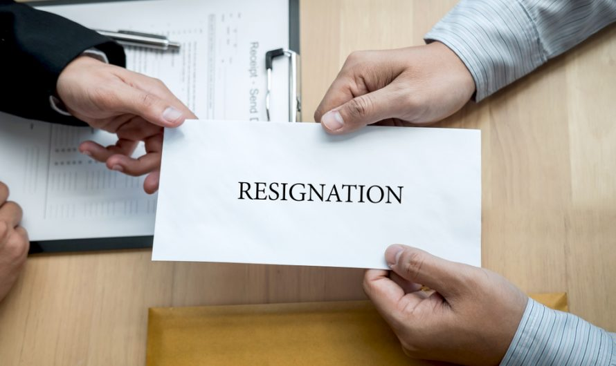 Self-resignation: information & tips for employees